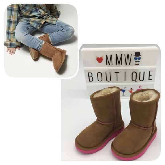 7db6ff15560 UGG Kids Classic II Boots Chestnut/Pink Azalea Sz6 NWT